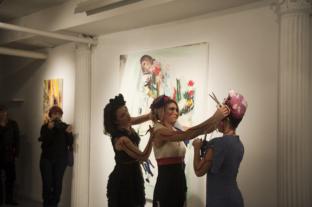 Push-Pop-Collaboration-Girlesque-for-solo-exhibition-Looked-Frontrunner-Gallery-New-York-2012.jpg